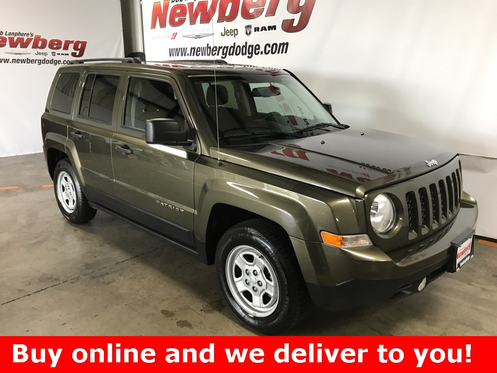 Pre-Owned 2016 Jeep Patriot Sport Clean Carfax, Auto, A/C