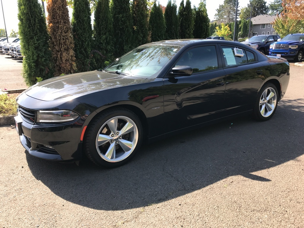 Certified Pre-Owned 2015 Dodge Charger R/T Road and Track, Tech Pkg, Navi, Sunroof, HEMI