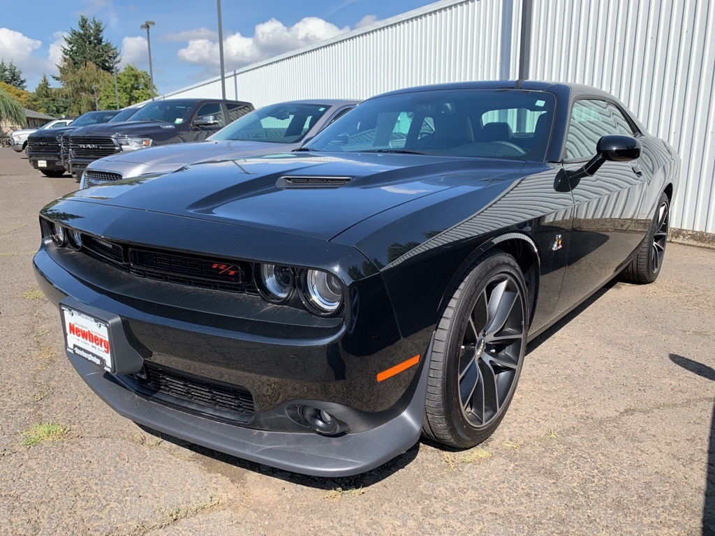 Certified Pre-Owned 2016 Dodge Challenger R/T Scat Pack 392, CERTIFIED, 1-Owner, Sunroof, Navigation