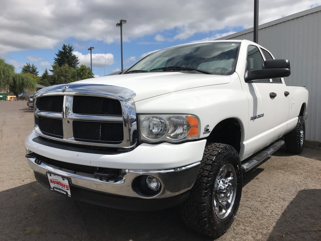 Pre-Owned 2005 Dodge Ram 2500 SLT One Owner, Clean Carfax, Airbags, 5.9!