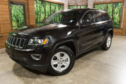 Pre-Owned 2014 Jeep Grand Cherokee Laredo Clean Carfax, UConnect, Bluetooth!