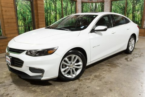 Pre-Owned 2018 Chevrolet Malibu LT One Owner, Moonroof!