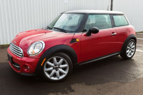 Pre-Owned 2012 MINI Cooper Base Clean Carfax, LOW Miles, 6 Speed!